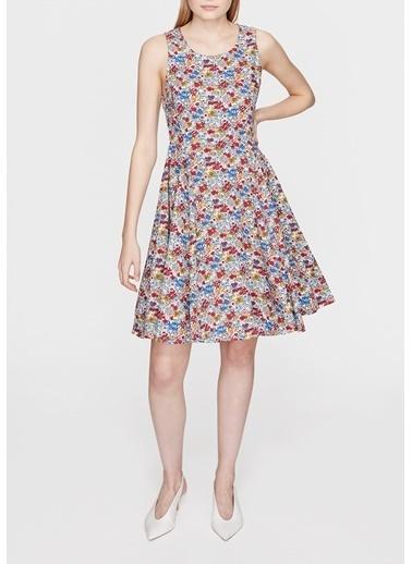 897c4b732ffd2 Çiçekli Elbise Modelleri Online Satış | Morhipo